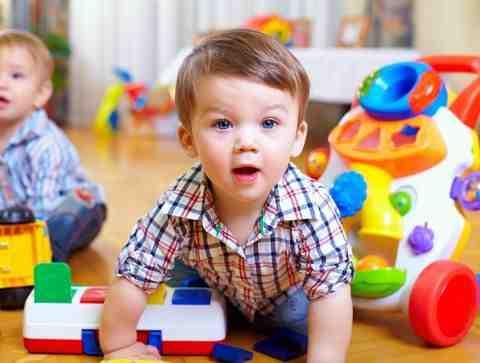 Quelle activité faire avec un bébé de 18 mois?