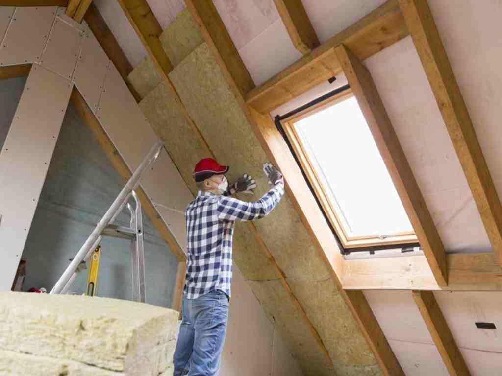 Qu'est-ce qui aide à réparer votre toit?